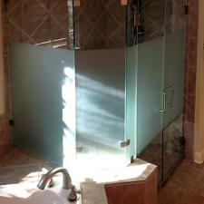 EF02 Neo Angle Frosted Glass Shower Doors Plano